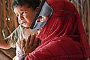 Beduinin mit Enkelkind