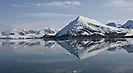Landschaftsspiegelung im Magdalenen-Fjord